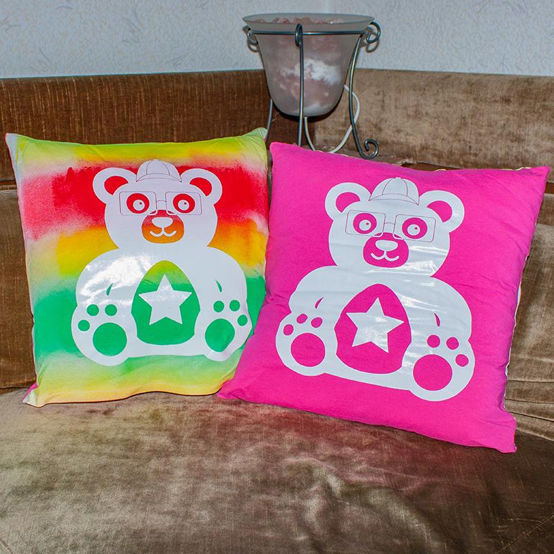 Teddy-Kissen,  eingefärbter Stoff + Druck